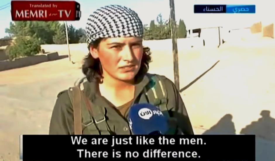 Una de las guerrilleras kurdas que combaten al Estado Islámico.