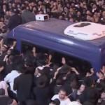 Multitudinario adiós al jefe espiritual de los judíos sefardíes