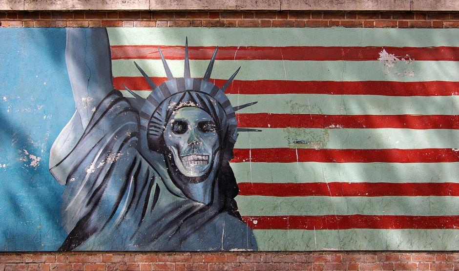 muerte-america-embajada-teheran