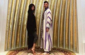 Selena Gómez en la Gran Mezquita de Abu Dhabi.
