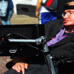 Stephen Hawking, el boicot y por qué los genios pueden ser tontos