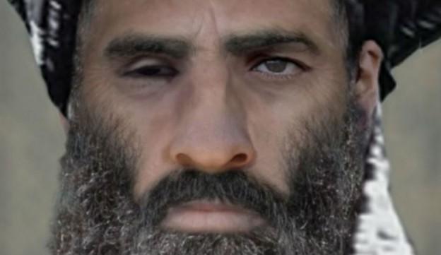 El mulá Omar (Mohamed Omar), líder de los talibanes.