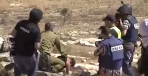 soldado-israeli-mohamed-tamimi