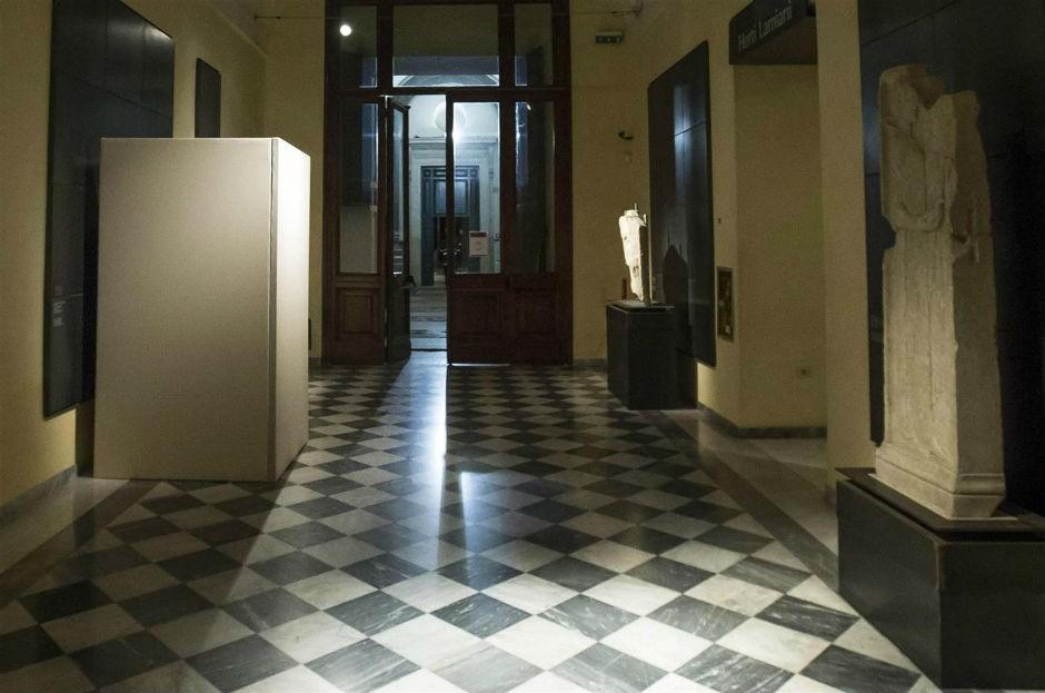 Esculturas de los Museos Capitolinos cubiertas para no 'ofender' a Ruhaní (27 ENE 16).
