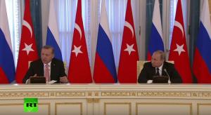 Vladímir Putin y Recep Tayyip Erdogan, en rueda de prensa. (San Petersburgo, 9 AGO 16).