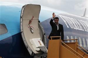 El entonces presidende de Irán (Mahmud Ahmadineyad) en 2014, de visita oficial, vía Cancillería de Ecuador.