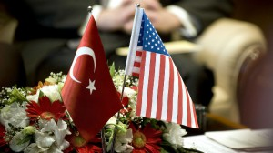 banderas-turquia-eeuu