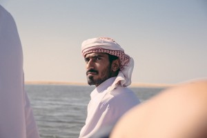 kefia arabia emiratos hombre 940x626