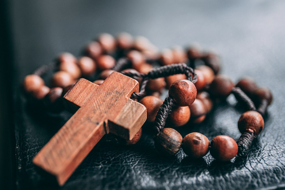 Rosario cristianos jesús 940x626